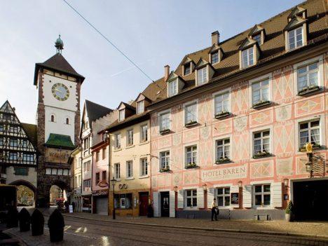 Top 5 worlds oldest hotels Zum Roten Baeren - 1120 (Germany)
